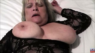 Kinky unexperienced blond Cougar Alisha Rydes gives a xxx dirty deep throat