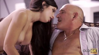 Playful brown-haired dissipated mature father to pound her in arse