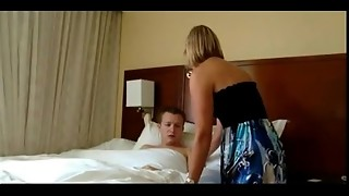 Mummy wakes up stepson and gives him a morning plumb