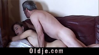 Caught draining grandfather gets real pulverize blessing from this gal