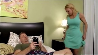 Blackmailing stepmom with bare images - Observe More Vidz Like This At Fxvidz.net