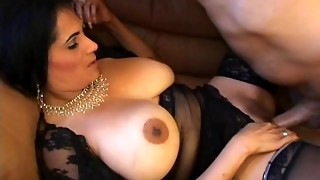 mature whore tiana rose gives as great as she gets