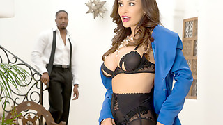Cougar Lisa Ann + Big black cock = Bi-racial XTC