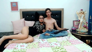 Youthfull mexican duo on couch - bashful gf gives bj