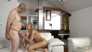 VIP4K. Youthful wifey Jenny Clever likes enjoyable