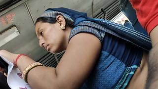 Desi Rajasthani Bhabhi torrid tummy in Bus