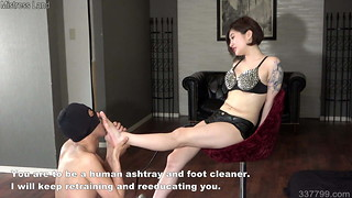 Chinese mistress Sherry makes fellow slurp soles face stomp