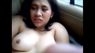 desi lady meena pounded by her chief in a car squealing