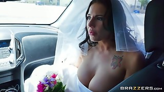 Brazzers - Run away bride Lylith Lavy