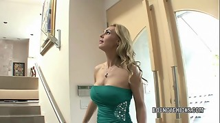 Mature whore Tanya Tate nails and takes the jizz on her mounds
