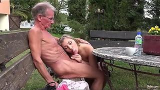 Stunner boned rectal while draining