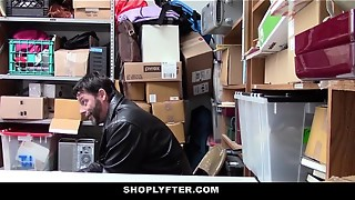 Shoplyfter - Shoplifting teenage gets caught plowed in front of parent