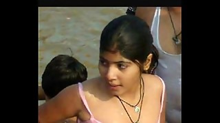 Super-steamy femmes open bathing at ganga river,village femmes &amp_ dolls open bathing at ganga
