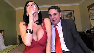 Squirting: Veronica Avluv blows a load in the jaws of Andrea Dipr&egrave_