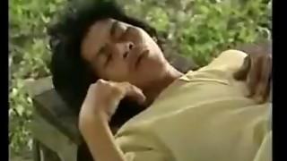 หนังไทย อาถรรพ์น้ำมันพราย 2.MP4