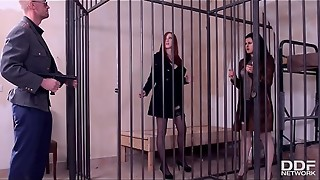 Luxury Prostitutes Billie Starlet &amp_ Linda Yummy are complied Ass-fuck Fucky-fucky in Jail