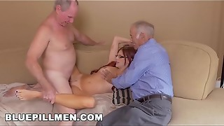BLUE PILL Studs - Frankie And The Group Take a Tour Down Under Nubile Zara Ryan