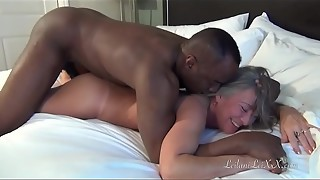 Hookup at the Beach - Cougar Pounds Big black cock Paramour