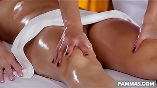 Mummy Daughter-in-law Spa Day - Anikka Albrite, Lizz Taylor, Lyla Storm and Tanya Tate