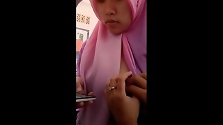 Indonesian Hijab Boobs Show and Rub - www.mamihmens.ml