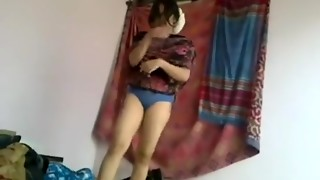 Desi Damsel Bangla Girlfriend Deep throat And Plumbing