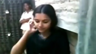 Bangladeshi School Student's Providing A Smooch Flicks - 7