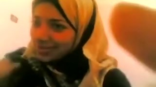 Chunky Arab wifey luved the way that beauty got boinked in her enjoy canal
