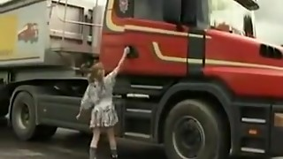 Lil' schoolgirl Gets Truck Drilled And Fisted !