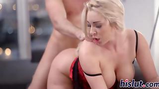 Ash-blonde star Victoria gets her vag jammed