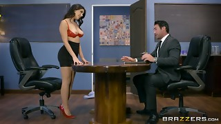 Valentina Nappi gets a xxx office ravaging - Brazzers