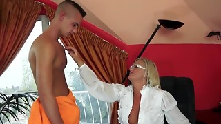 Newly Divorced Mum Worshiped by her Boy-Toy