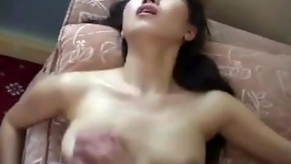 Salesman Gives Stiff Sell to Japanese Housewife - Cireman