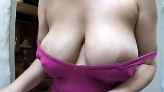Unexperienced downblouse enormous breasts oops