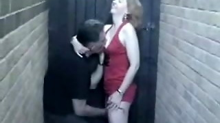 English Cougar Has A Quickie In The Alley !