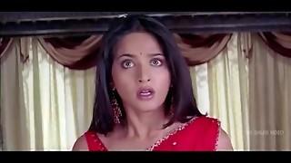 Anushka Shetty scorching Saree Switching &amp_ revealing her assets