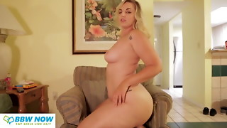 Youthfull Round Blondie with Enormous Arse Phat ass white girl Whooty