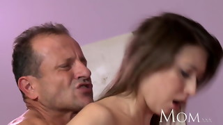 Mother Cougar can not stop spraying when she shoots a load