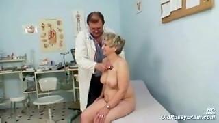 Mature enormous poon Ruzena obgyn buttplug bizzare medical center check-up