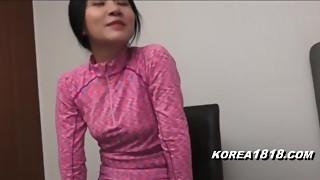 KOREA1818.COM - Super-steamy Korean Mummy Cougar