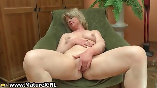 Ultra-kinky mature housewife luvs to have fun part6
