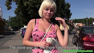 European girlnextdoor disrobes for cash