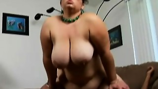 Geeky Plus-size Shianna stretches her chunky hips for an dark-hued meatpipe on the sofa