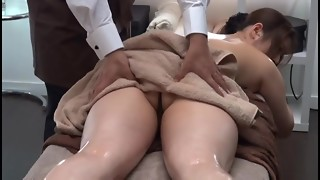 Intimate Grease Rubdown Parlor for Married Chick 1.2 (Censored)