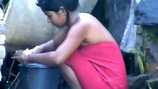 wow... epic desi village woman bathing outside