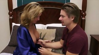 mother instructs not her disappointed son-in-law how to joy a sweetie