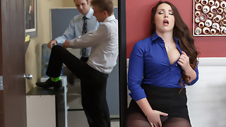 Lola Foxx & Danny D in Boss Executive Hoe - Brazzers