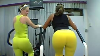 Phat Nifty Wet Cabooses At The Gym