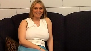 Bijstandsmoeder.nl - Kimberly (Mature - Huge Funbags - First-timer - MILF)