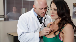 Reagan Foxx & Johnny Sins in My Hubby Is Right Outside... - Brazzers