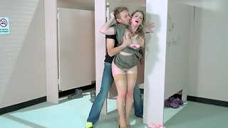 Sunny Lane banged by a huge bone in the douche